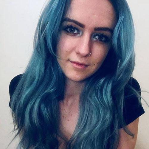 Photo of Hollie Lambert